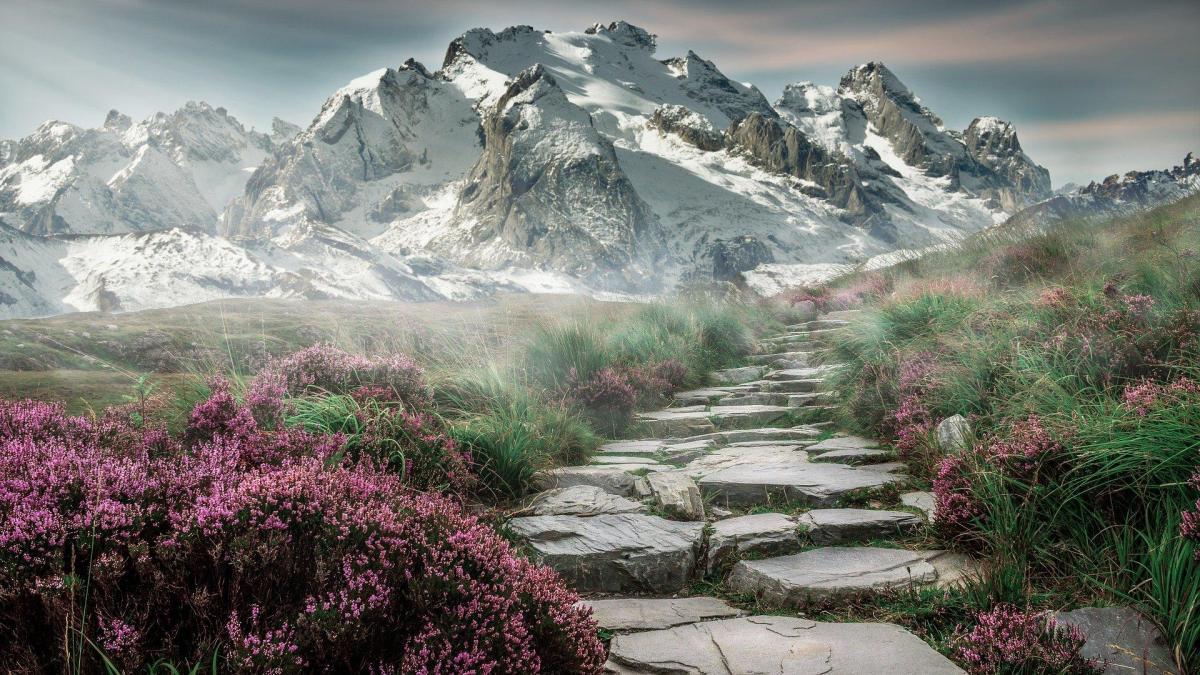 Mountain landscape 2031539 1920